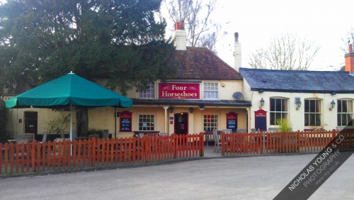 The Four Horseshoes before refurbishment